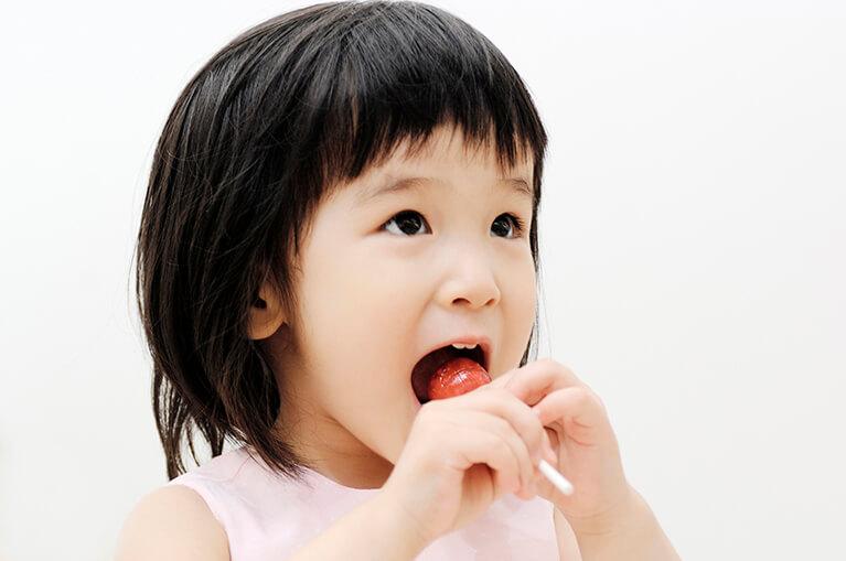 お子さまは虫歯リスクが高い